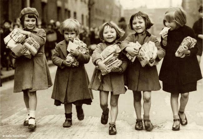 Antique Christmas image kids with packages