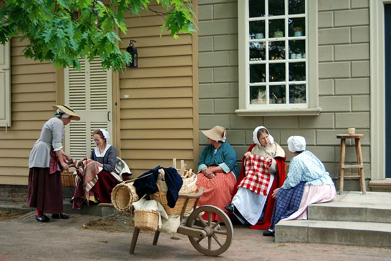 File:Colonial Williamsburg ladies.jpg