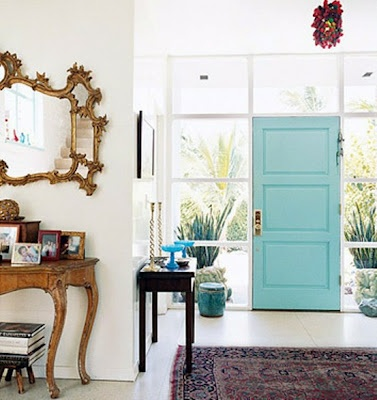 paint the interior side of the front door...love this idea