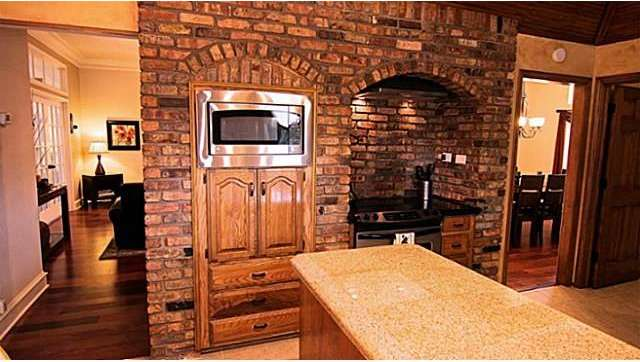 Man Cave With Exposed Brick : Exposed brick in kitchens yea or nay decor to adore