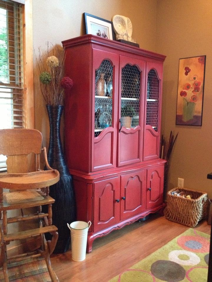Hutch with chicken wire - can update my china cabinet to this sort of style!