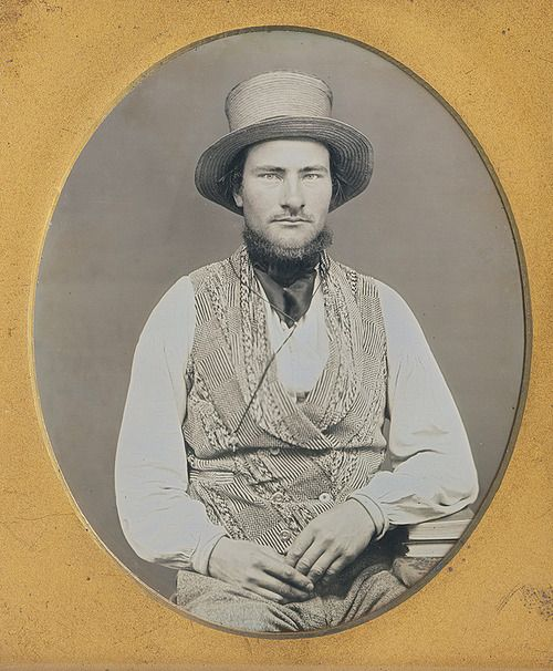 Man in a straw hat and vest, sixth plate daguerreotype from sometime around 1850 (via Dennis A. Waters Fine Daguerreotypes):