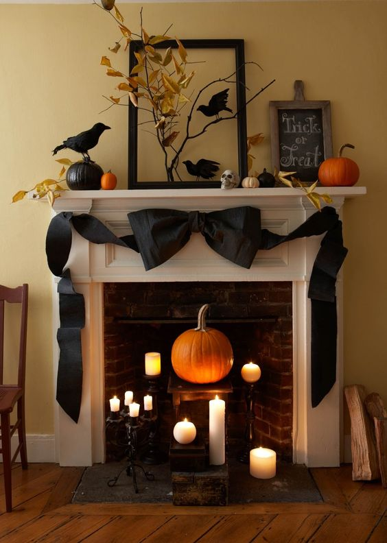Karin Lidbeck: Crepe Paper Halloween, Back to Basics:
