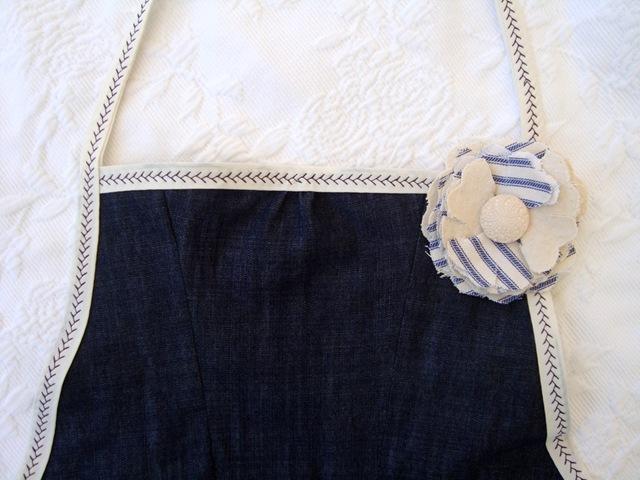 apron pin