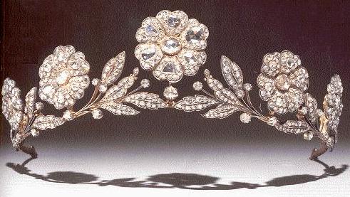 The Strathmore Rose Tiara