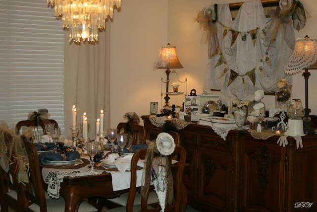 boo tablescape