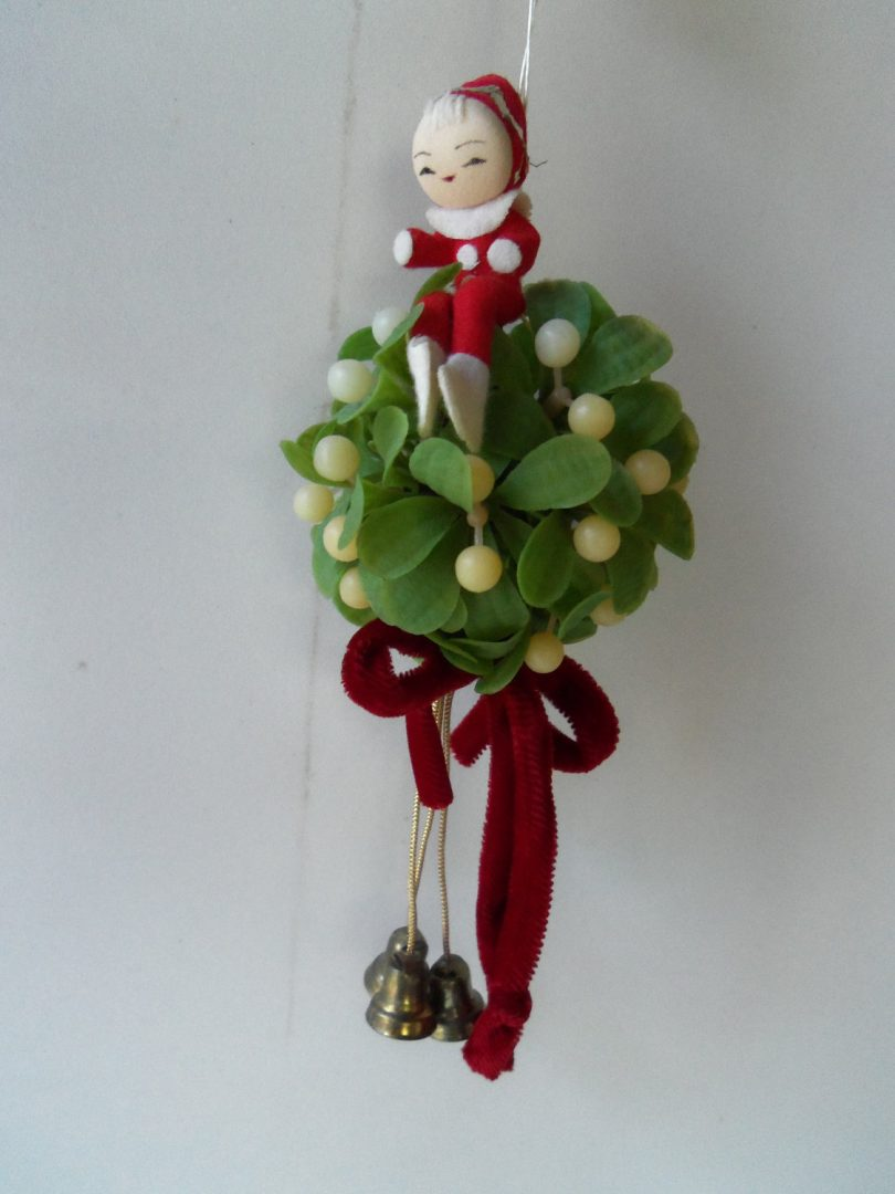 Elf on mistletoe