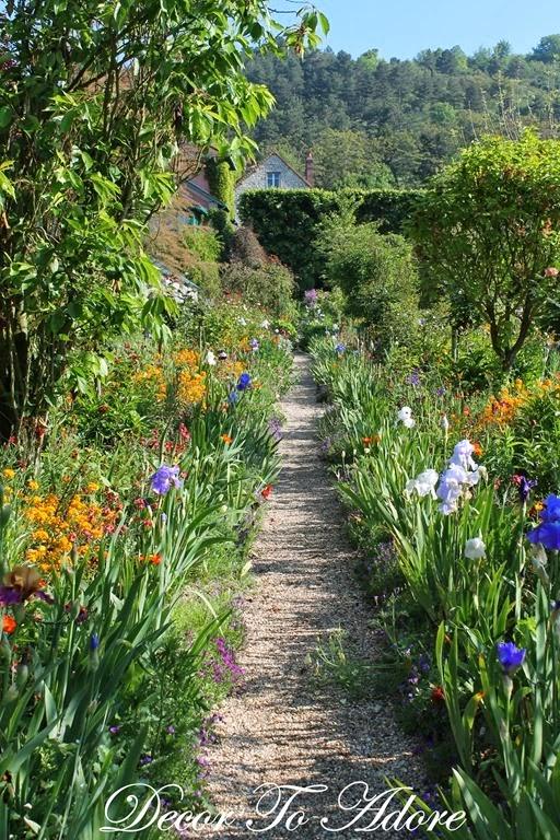 Monet's Closed Garden