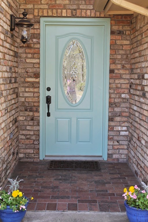 How To Create a Smooth Painted Finish on an Exterior Metal Door - Decor to Adore