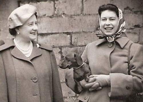 Queen Elizabeth with dachshund