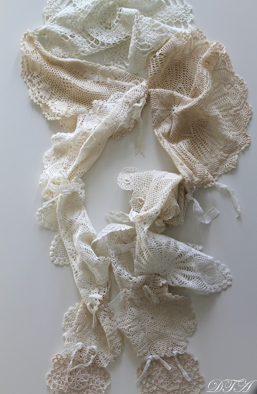 Easy Romantic Scarf Made from Doilies