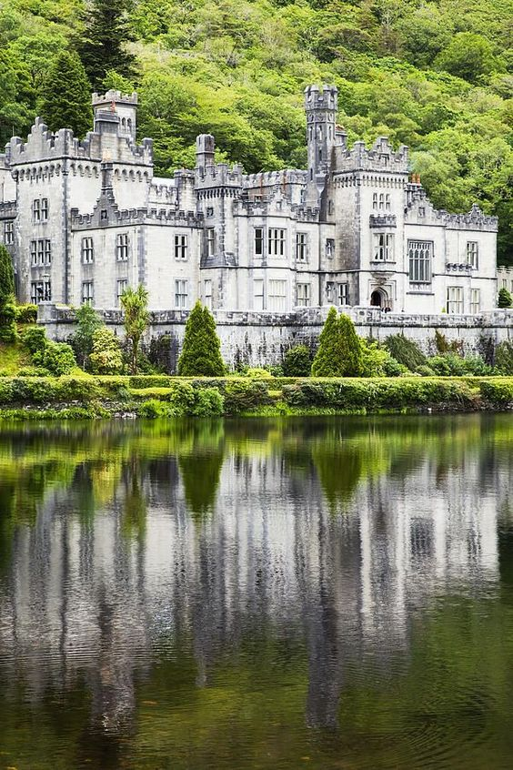 Kylemore Abbey Castle, County Galway in Ireland #travel #Ireland.