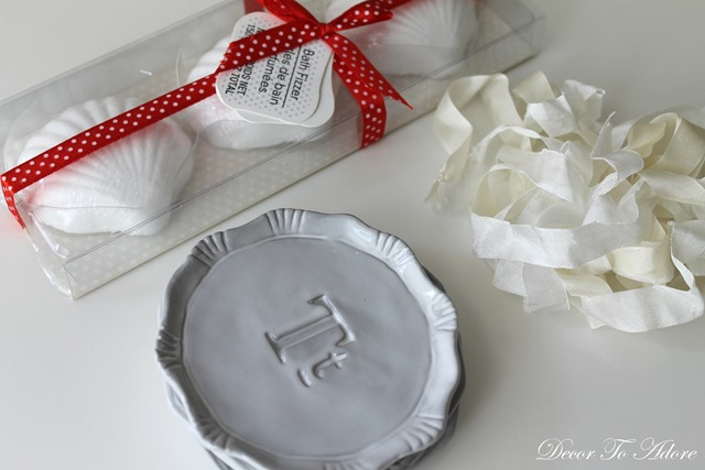 Quick and Charmingly Cheap Gifts