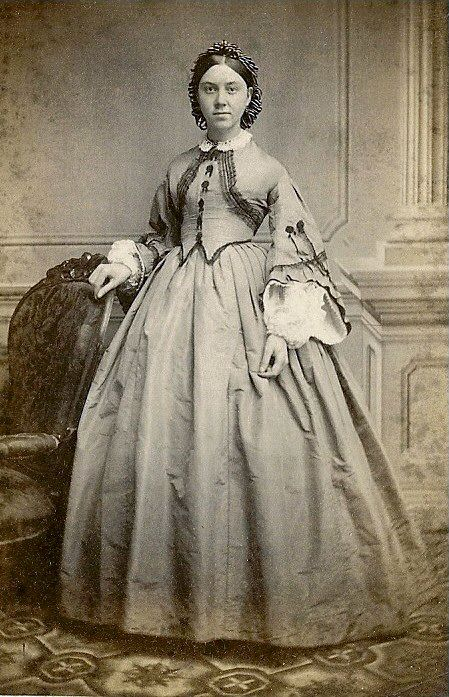 1860s dress and hair net