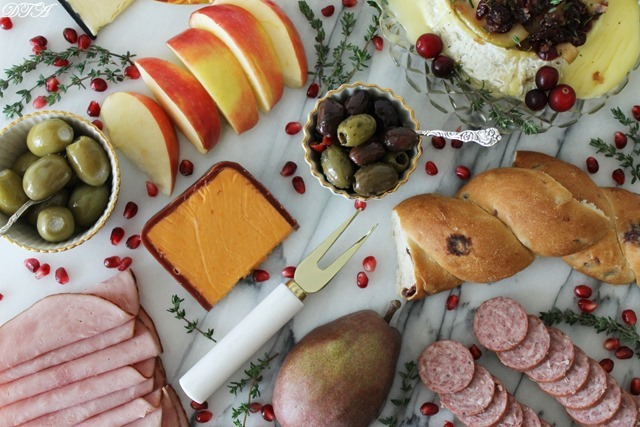 The Christmas Charcuterie Board