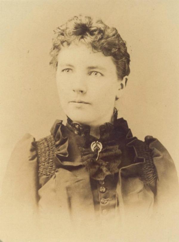 laura ingalls portrait,1891.