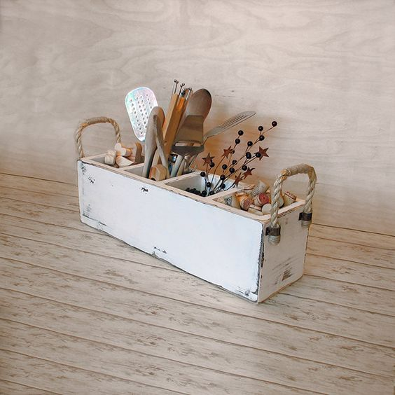 Primitive+wooden+caddy+rustic+utensil+holder+by+TumbleweedCabin,+$40.00: