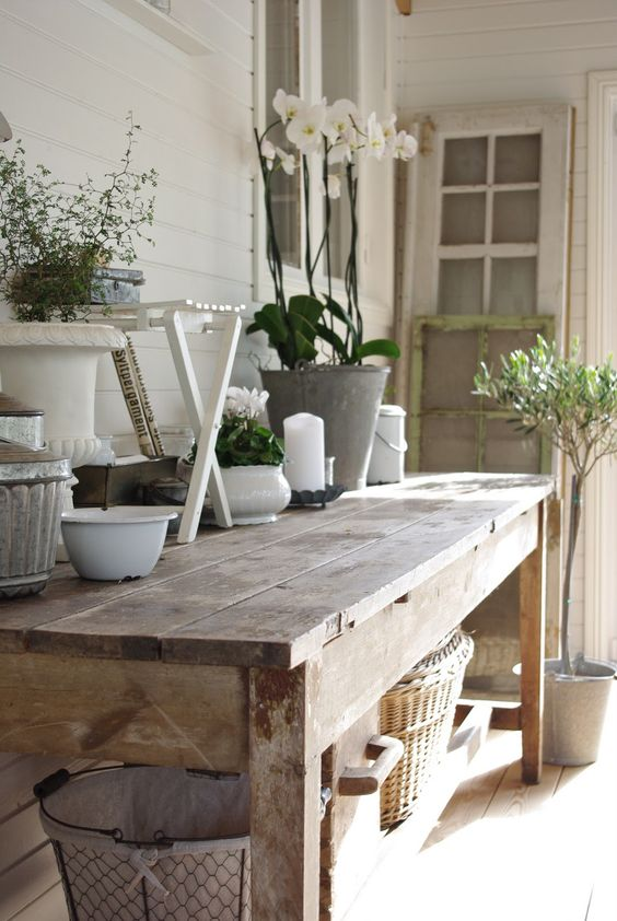 Garden Bench table scape