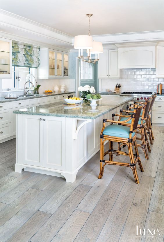 Coastal kitchen | Allison Paladino Interior Design: